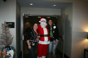 Surrogate_holidayparty_221