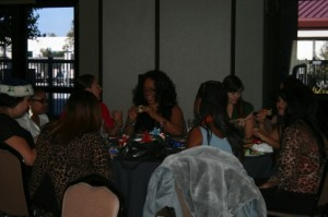 Surrogate_holidayparty_271