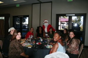Surrogate_holidayparty_281