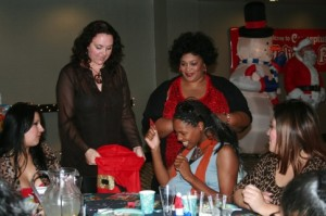 Surrogate_holidayparty_311