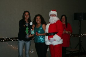Surrogate_holidayparty_371